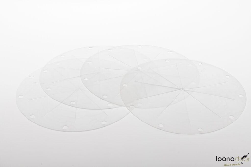Vier Membrane der loonadoor Katzentüre